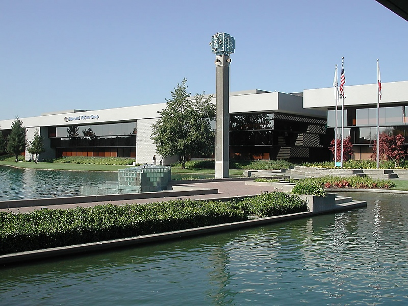 Exterior of Office Building and Pond at 110 & 120 Stony Point Road, Santa Rosa, CA